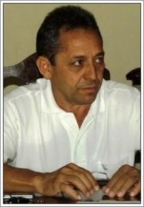 Prefeito-de-Presidente-Dutra-Juran-Carvalho-216x310