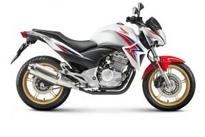 Honda_CB300R_Lateral02