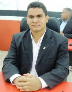 Rodrigo-Figueiredo-378x480